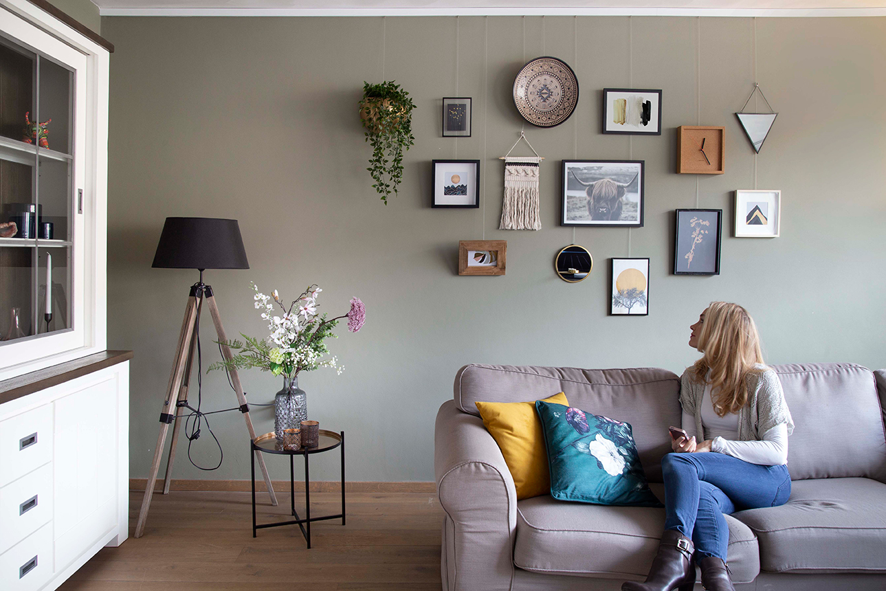 STAS drywallXpress with wall collage