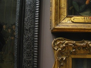 Picture frame hanging